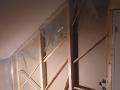 Skjultanlegg for el-anlegg (data og strøm) ferdig. Skråstrevene mellom stenderne var montert tidligere for å ta bort kul på gipsplatene i tilstøtende rom.